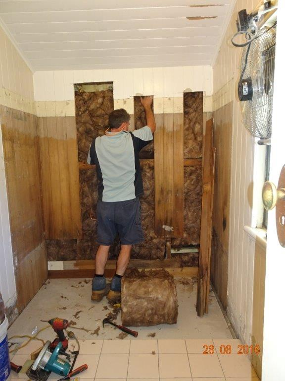 Bathroom renovations maintenance made easy for Old bathroom renovation